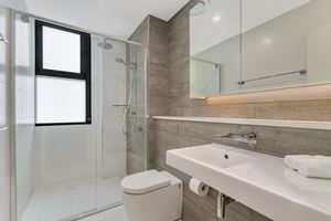 The bathroom at Verve 2 Bedroom Apartment.